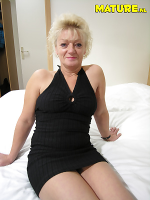 She needs to show you her wet cunt