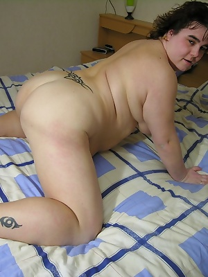 chubby mature cunt loves to suck cock and play