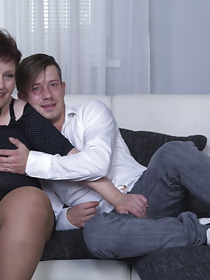 Horny toy boy doing a hairy and naughty mature slut