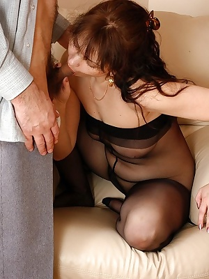 Ira&Patrick pantyhosefucking amazing mature housewife