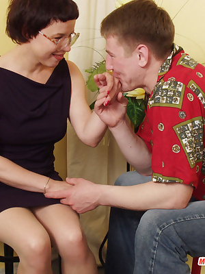 Ethel&Oscar pantyhosefucking lascivious mature babe