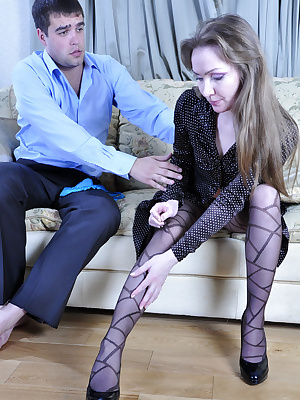 Leila&Lucas pantyhosefucking horny mature lady