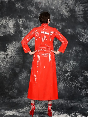 Posing in the photo studio in the new red lacquer coat.And with hot high heels in matching red.