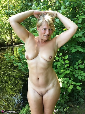 Naked and hot in the Woods so I run so often. too bad you do not there are and can me slide your Dick in my wet pussy