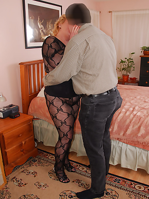 Cum join me on my sexy time with Ted. For the occasion I wear a lacy black crotchless body stocking, corset and black sa