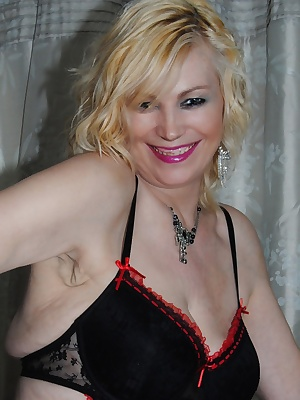 Naughty Maid Platinum Blonde does the house work.