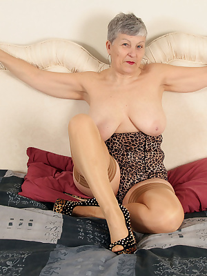 Hello guysCheck me out in my lush leopard skin and holdups  we could have lots of fun xx