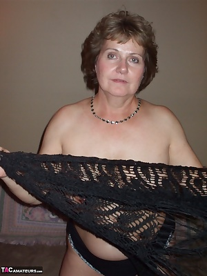 Hey AllI loved flairing the black mesh capeshawl as it is so fun to twist around and fly it above my shoulders. It also