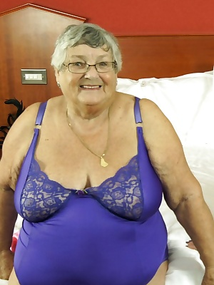 A real treat for BBW Grandma Libby when I visited my friend Trisha and she suggested we have some bedroom fun.  Just com