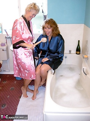 Randy Raz and myself had gotten all sticky somehow so having a bath and getting all soapy and wet seemed like a brillian