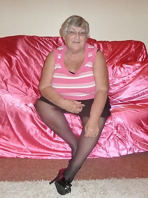 Grandma Libby in the pink again for you.  I know you all like to see this old BBWs body so give yourself a treat and com
