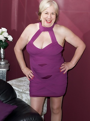 Hi Guys, Heres a Hot Photo Set shot at The Studio Igloo near Chelmsford in Essex of me in my Sexy Purple Dress but of co