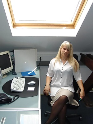 Im a blonde sexy Secretary and do the paperwork for my boss, if there is then I do crazy things, I pull myself out and g
