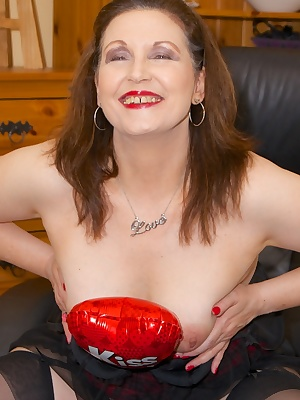 Hi Guys, How do you think I look in my Sexy Red  Black Baby Doll Basque, a couple of glasses of wine to put me in the mo