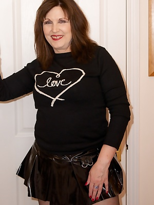 Hello Boys I had just been out to the shops and wearing not much only my very short PVC Skirt and Boots, Black Tights an