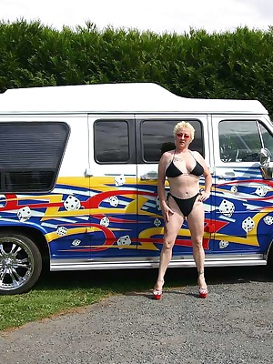 I wash my american van and I play with the  hose. Watering of my pussy, ass hole and my big tits, masturbation....
