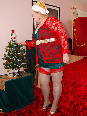 Happy Holidays to all of you  Decorating my cute little tree makes me want to pose in my Christmas outfit for you hehe.