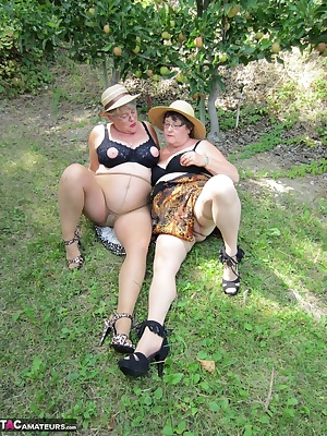 Girdlegoddess and Mistress Sue a couple of mature sexy cougars, on the prowl in the great outdoors. Check out the sexy n