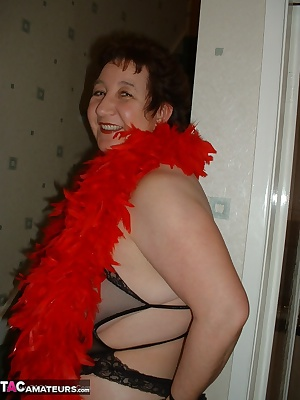 Just me being sexy in my fave red and black, most guys like me in this colour xxx