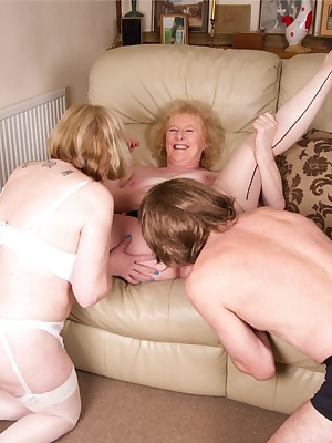 My Gardener had joined myself and Speedybee for some fun and it wasnt long before we had him stripped off and I was suck