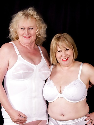 Speedy and myself get it on together in our retro undies.Claire xxx