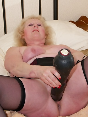 Theres nothing I like better than a big Black Cock, and when I cant get the real thing I reach for my favourite big blac