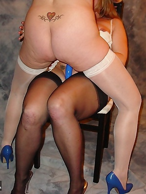 This is the greatest new toy Watch me and April Love learn the secrets of the Strapless Strap-on Dildo.Awesome Kisses, D