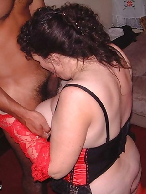 Kim has fun with one of her members from the site, he was a bit shy at first but was soon having fun. If you are a membe