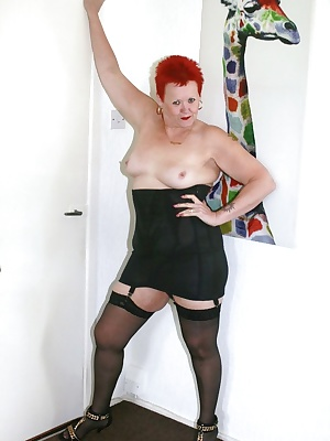 I really love a nice full girdle, and this black one is well sexy.