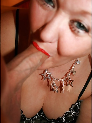 I love to get a cock in my mouth, and suck out all the cum.