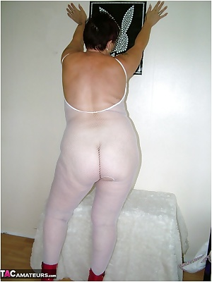 Hi Guyz. Back today in my supersexy white fishnet bodystocking, that fits my curves like a glove.