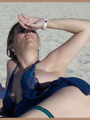 when i was down in miami florida we went to a nude beach and i couldnt help but do a strip tease for u to enjoy. it was