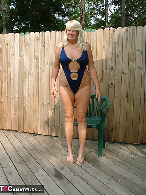 It didn't take me long to get out of my very tiny bathing suit and enjoy the deck and pool stark naked.  I'd just love t