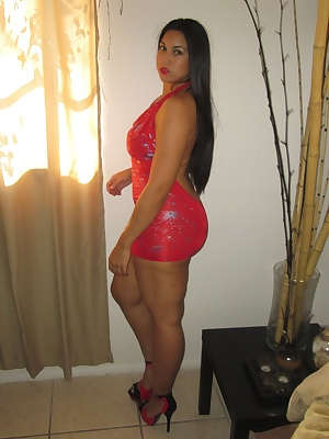 Ching likes to spread her thighs open for you. She loves wearing red for you