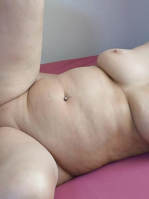 Two lesbians pairs are fucking together with toys and their bodies.