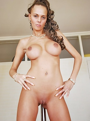 Jolee Jordan is hot and horny. She takes her favourite vibrator and uses it deep inside her pussy. Her slut pussy is so