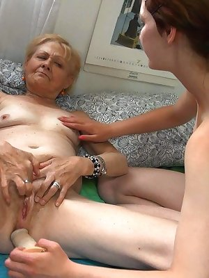 Old granny Mila licking the pussy of her younger girlfriend
