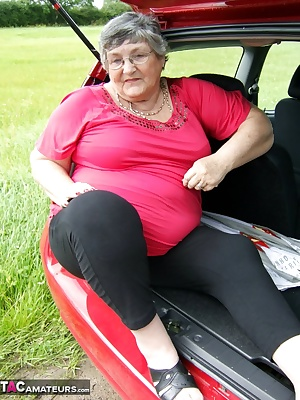 Another fun filled afternoon out in the car  We love to find a quiet spot where I can expose myself  although I did have