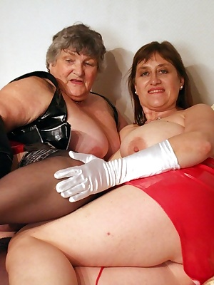 Horny fun with my very good friend Topaz as we dress up in our PVC outfits and get sexy together on my bed.  Why dont yo