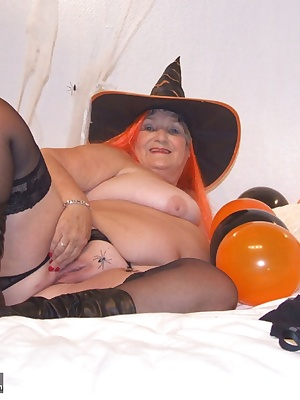 HAPPY HALLOWEEN  I am getting ready to Trick or Treat so cum and help me  What treat would you like from me This is my 8