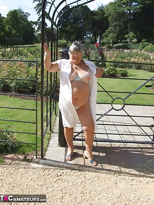 I went for a walk on a hot sunny day and, as always I had to have fun flashing my bits and dodging the many people  near