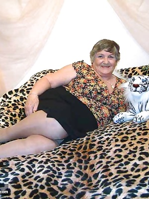 John loved the look of my tiger-skin blanket - look what fun I can have on it.