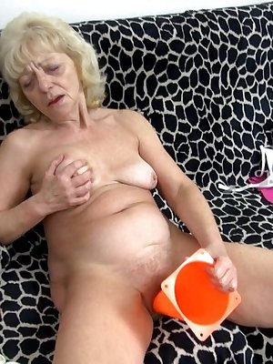 Old kinky women playing with any kind of sextoys
