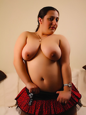 I was out shopping and just couldnt resist to try on my new goth red leopard print corset and skirt. The skit is long en