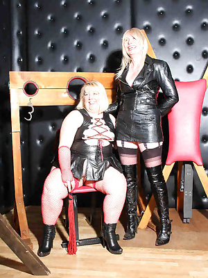 I met up with my lovely friend Barbyslut, she wanted to play in a dungeon spanking  and whipping my ass.I found the whol