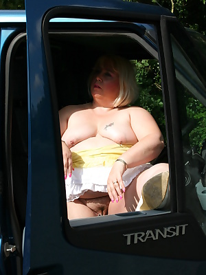 Hi Guys,I was out driving a van delivering for a friend when I decided to pull over and have some funI had been busy all