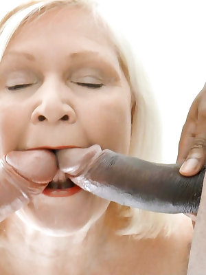 Well aged mature ladies loving hardcore sex with handy guys