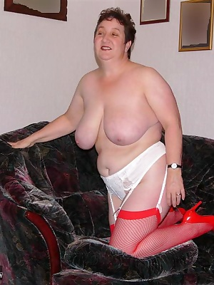 would you like me to strip for you  let me know xxxx