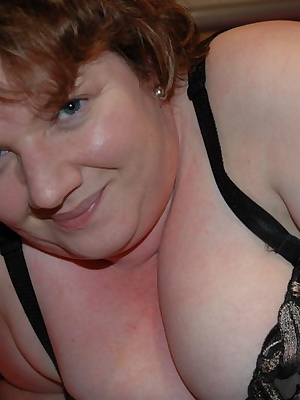 Watch as I try on my new black strappy top and big white 44g white bra for size after my latest shopping trip. Then my n