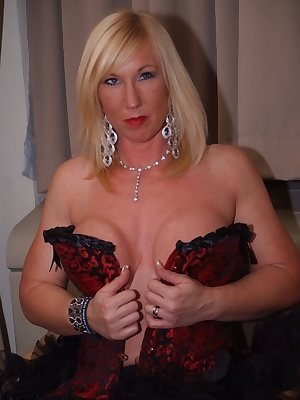 I'd been to Erotica at Earls Court and spent shed loads on some nice outfits. Have a look at what I've bought Melody x